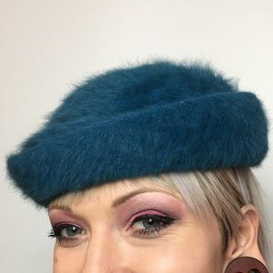 Vintage Angora Beret 40s by Hat Fluffie by Marida